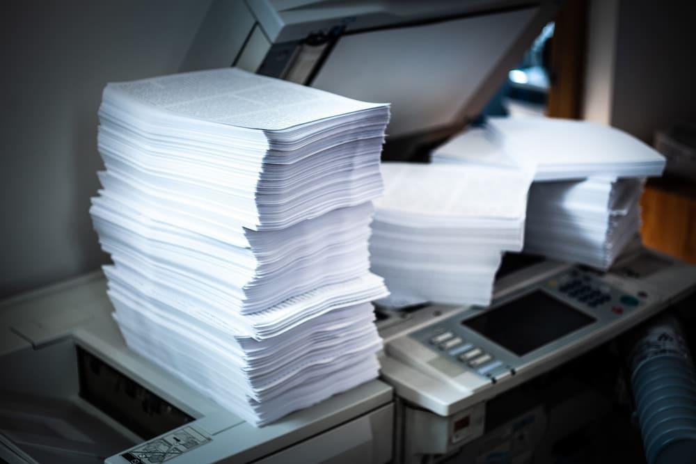 Pile papier imprimante professionnelle